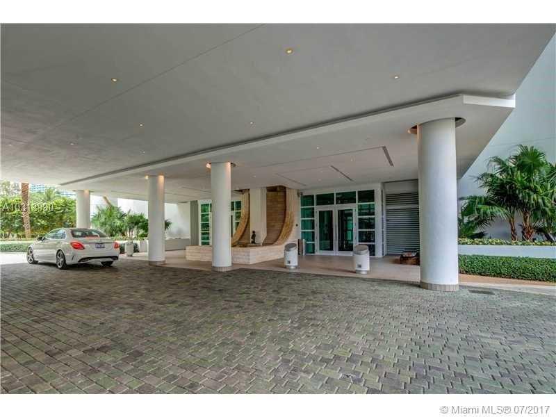 900 Brickell Key Blvd 2104, Miami, FL 33131