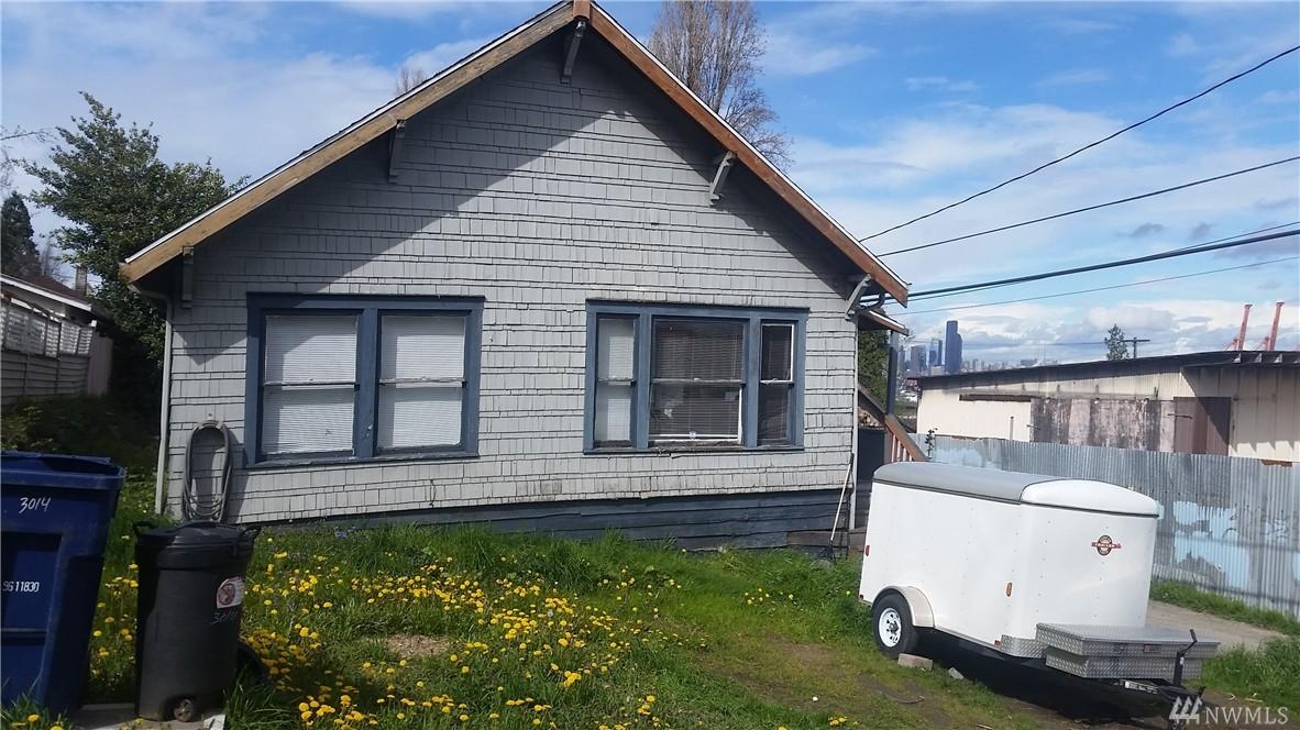 3014 SW Charlestown St, Seattle, WA 98126