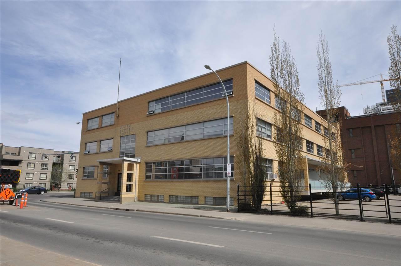 10355 105 Street 311, Edmonton, AB T5J 1E8