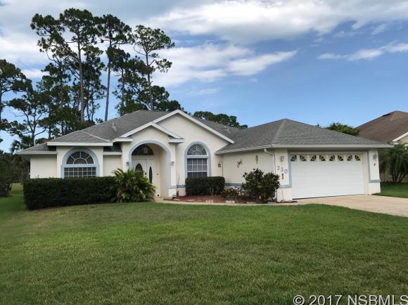 230 Golf Club Dr, New Smyrna Beach, FL 32168