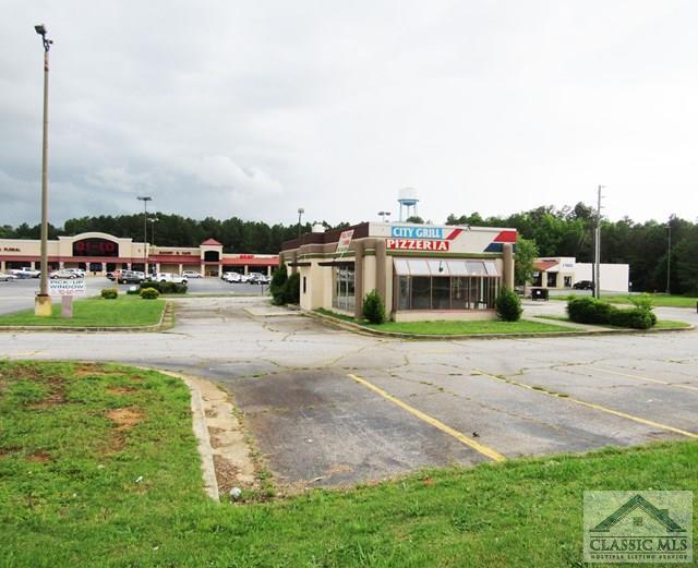 863 Franklin Springs St, Royston, GA 30662
