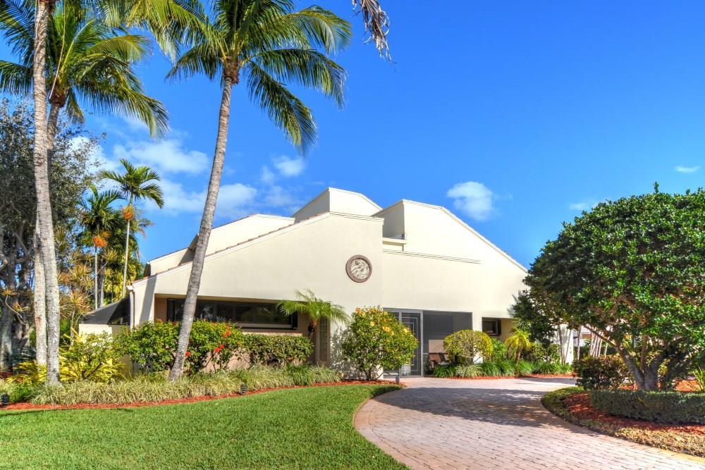 8902 SE Marina Bay Drive, Hobe Sound, FL 33455