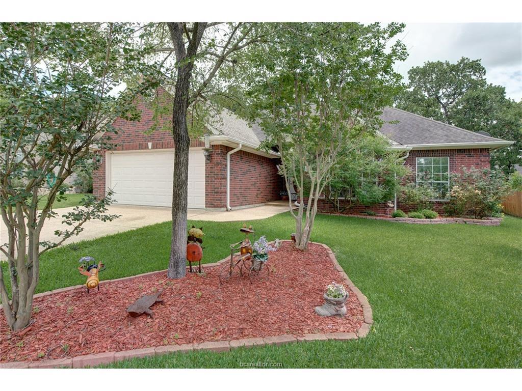 1808 White Stone Drive, Bryan, TX 77807