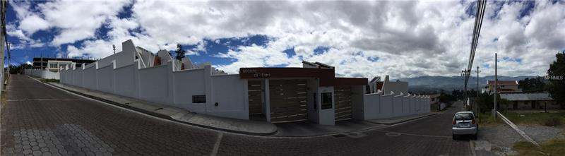 CASA 22 SAN JUAN DE CUMBAYA-SAN JUAN ALTO, QUITO-ECUADOR, AL 00000