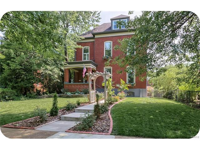 3010 Geyer Avenue, St Louis, MO 63104