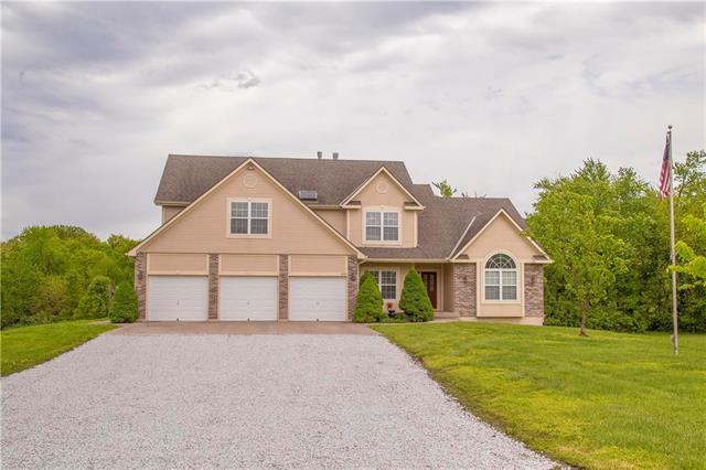 1001 N Prairie Lane, Raymore, MO 64083