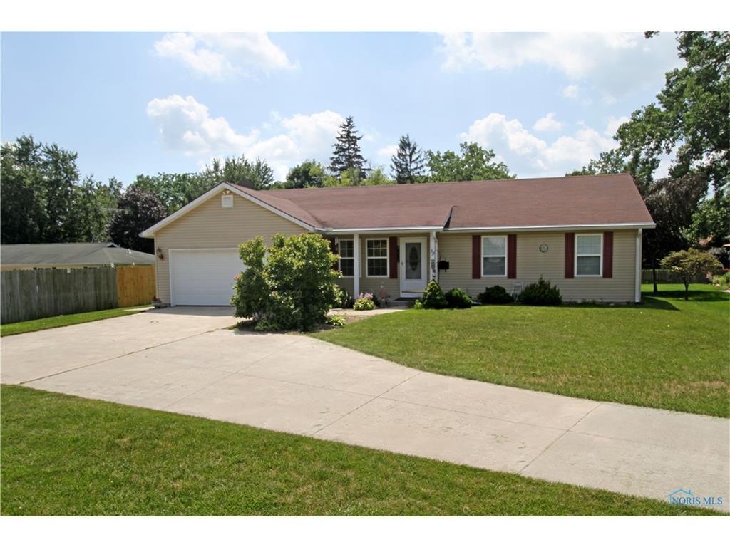 30 Hawthorne Drive, Delta, OH 43515