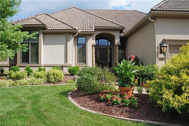 10811 W 145 Terrace, Overland Park, KS 66221