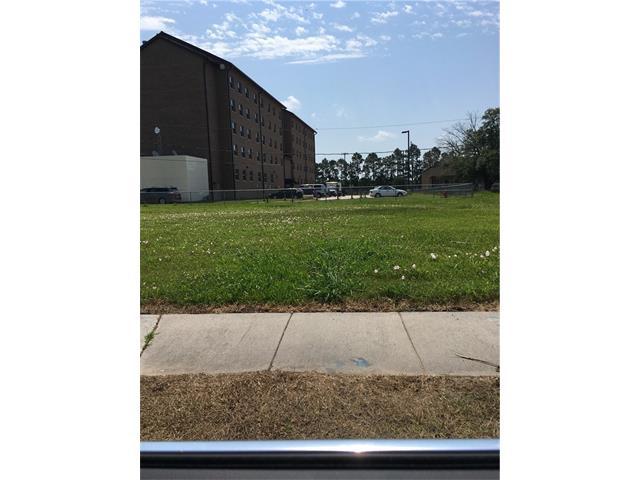 2309 PAUL Drive, Meraux, LA 70075
