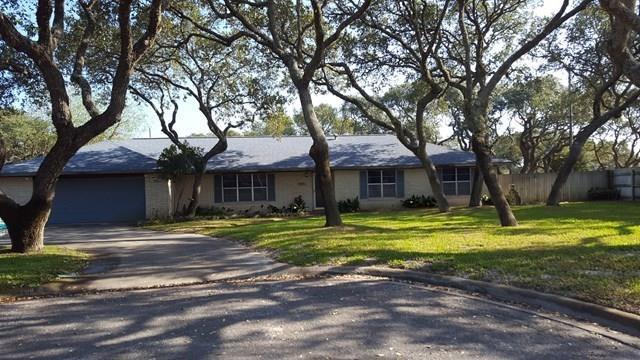 1410 E Paisano, Rockport, TX 78382