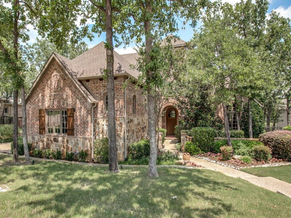 950 Wagner Way, Lantana, TX 76226