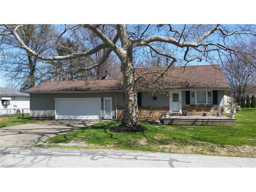 970 Oakwood Blvd, Painesville Township, OH 44077
