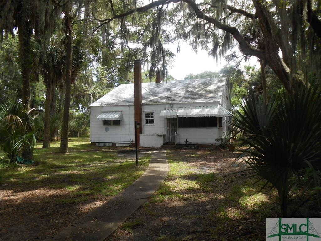 2619 Salcedo Avenue, Savannah, GA 31406