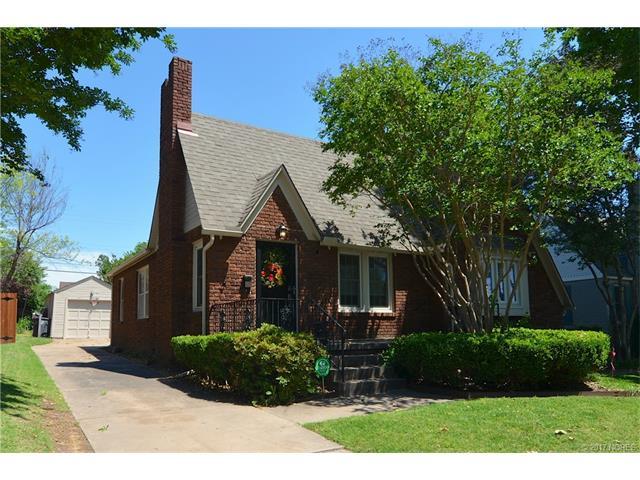 1643 S College Avenue, Tulsa, OK 74104