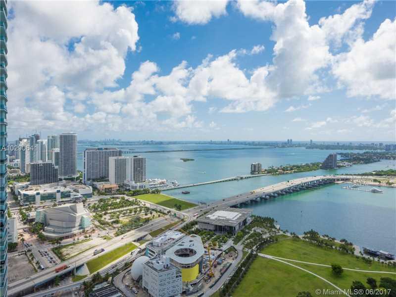 888 Biscayne Blvd 4810, Miami, FL 33132