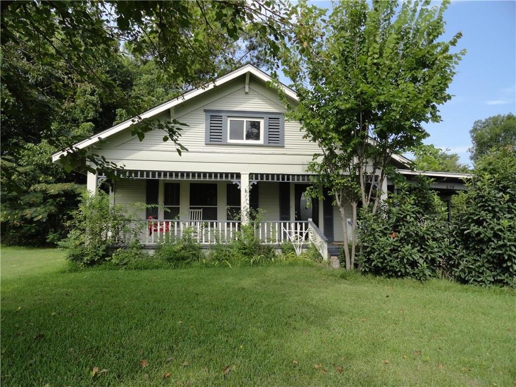 608 N Main Street, Kemp, TX 75143