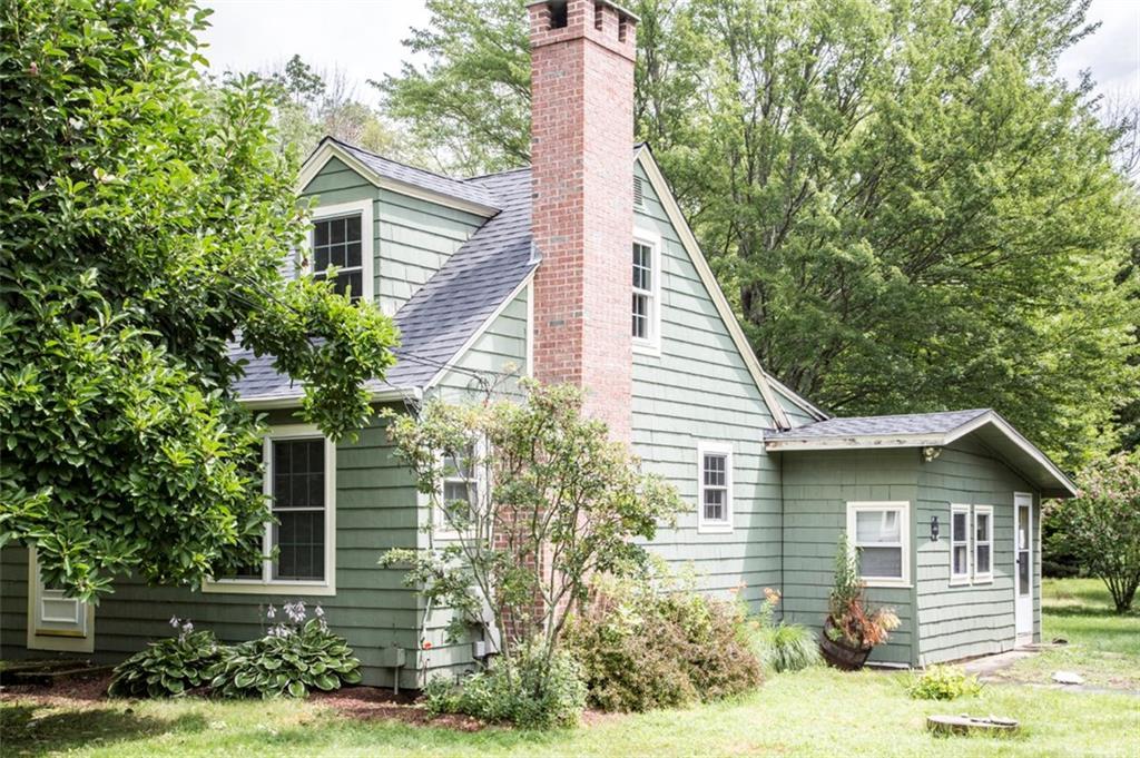 216 Sawmill RD, Glocester, RI 02814