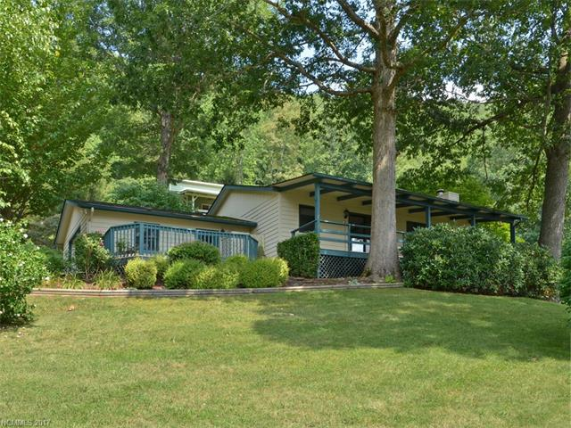124 Hillside Drive, Maggie Valley, NC 28785