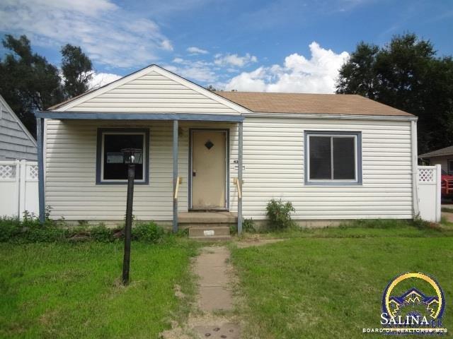 437 S Delaware Avenue, Salina, KS 67401