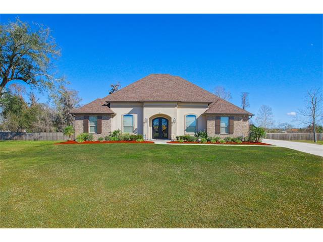 4321 BAYOU OAKS Circle, Marrero, LA 70072