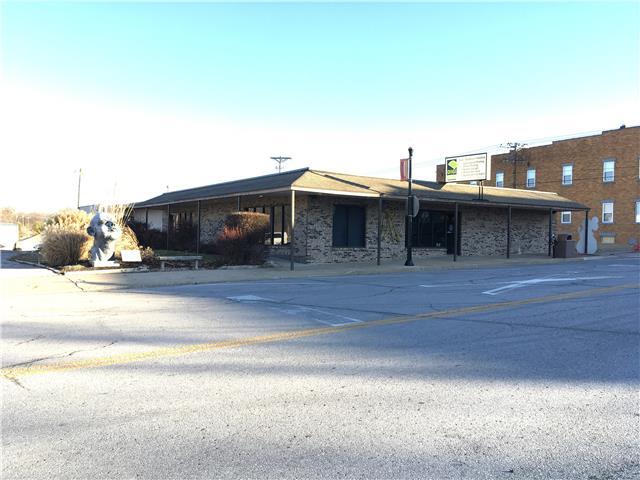1201 W MAIN Street, Blue Springs, MO 64015