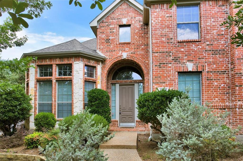 2432 Lakewood Drive, Grand Prairie, TX 75054