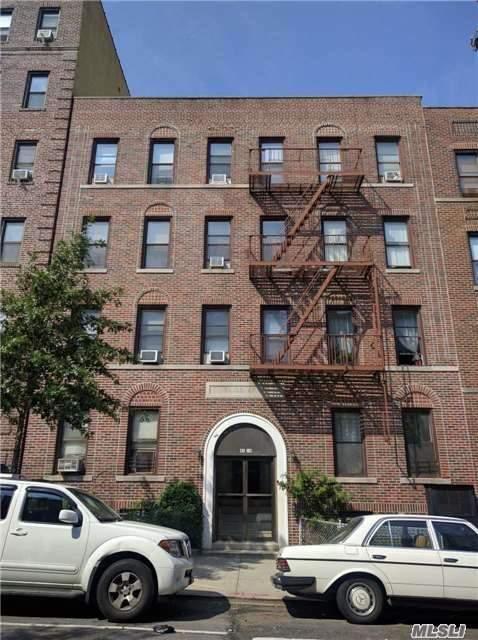 43-26 49th St, Sunnyside, NY 11104