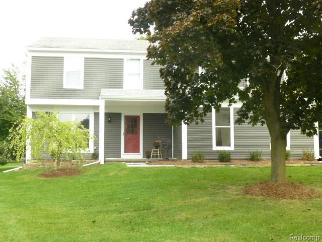 1118 BARNESWOOD CRT, Rochester Hills, MI 48306