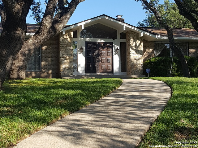 8802 SADDLE TRL, San Antonio, TX 78255