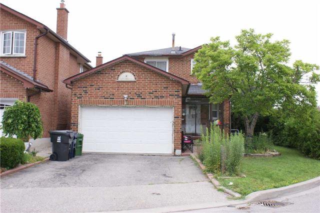 14 Loire Crt, Toronto, ON M9V 4Z7