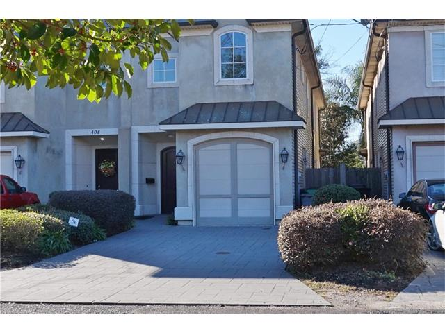 Beautiful townhouse designed for entertaining. Beautiful foyer, formal dining area and rear courtyard. Spacious master suite with spa like master bath and large master walk in closet. Large kitchen and separate formal dining area.