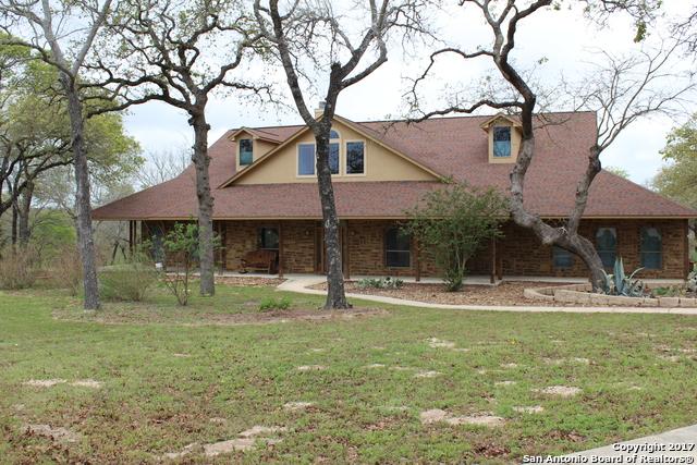 466 ROSEWOOD DR, La Vernia, TX 78121