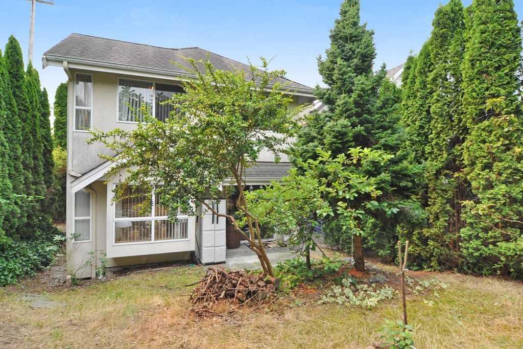651 QUEENSBURY AVENUE, North Vancouver, BC V7L 3V7