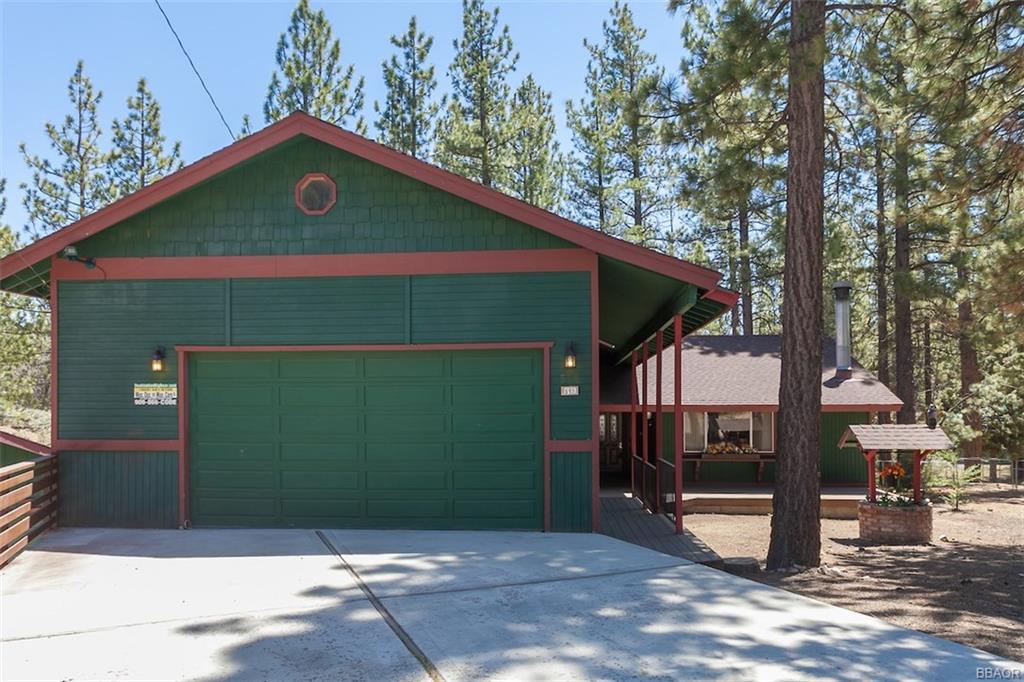 512 Pinewood Court, Big Bear City, CA 92314