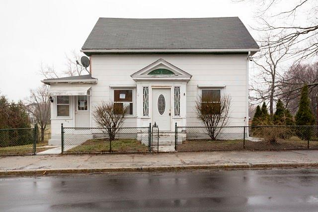 315 Knight ST, Woonsocket, RI 02895