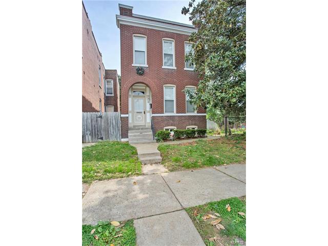 4420 S Compton Avenue, St Louis, MO 63111