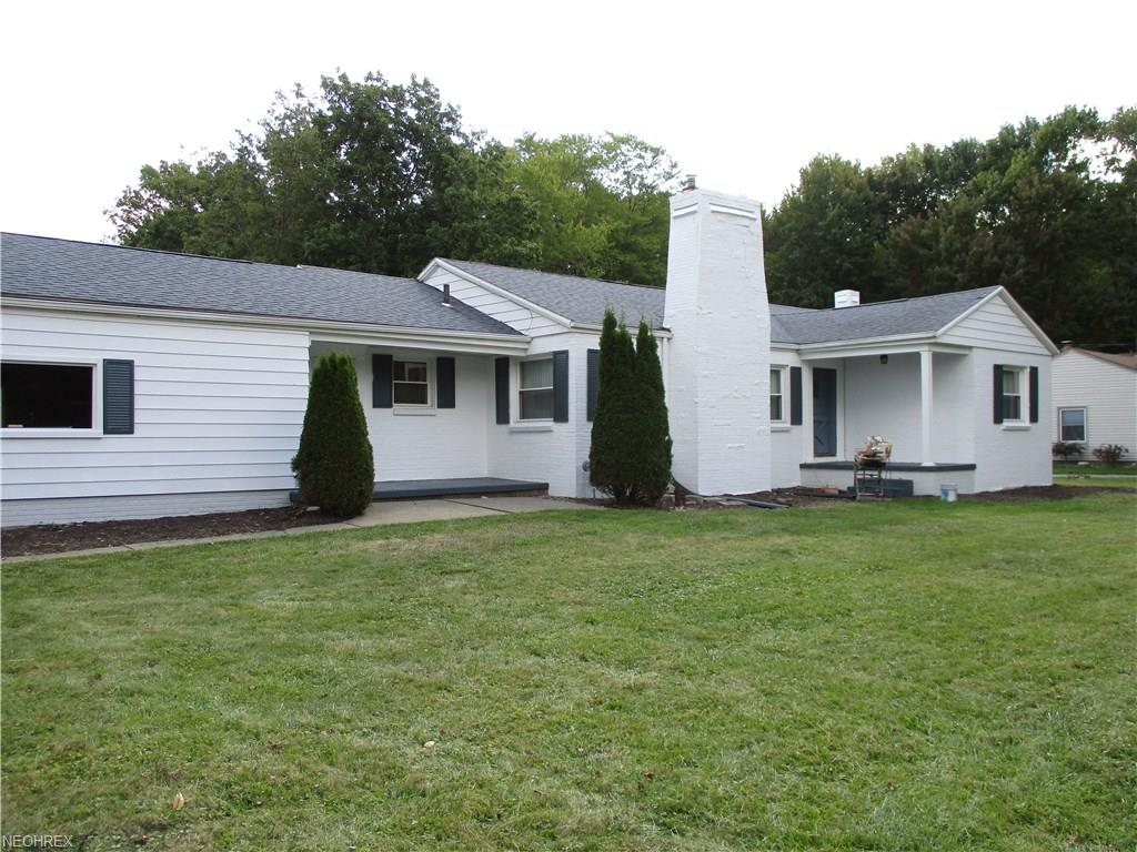 7365 Hitchcock Rd, Youngstown, OH 44512