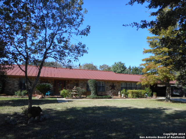 117 CRESTLINE DR, Pleasanton, TX 78064