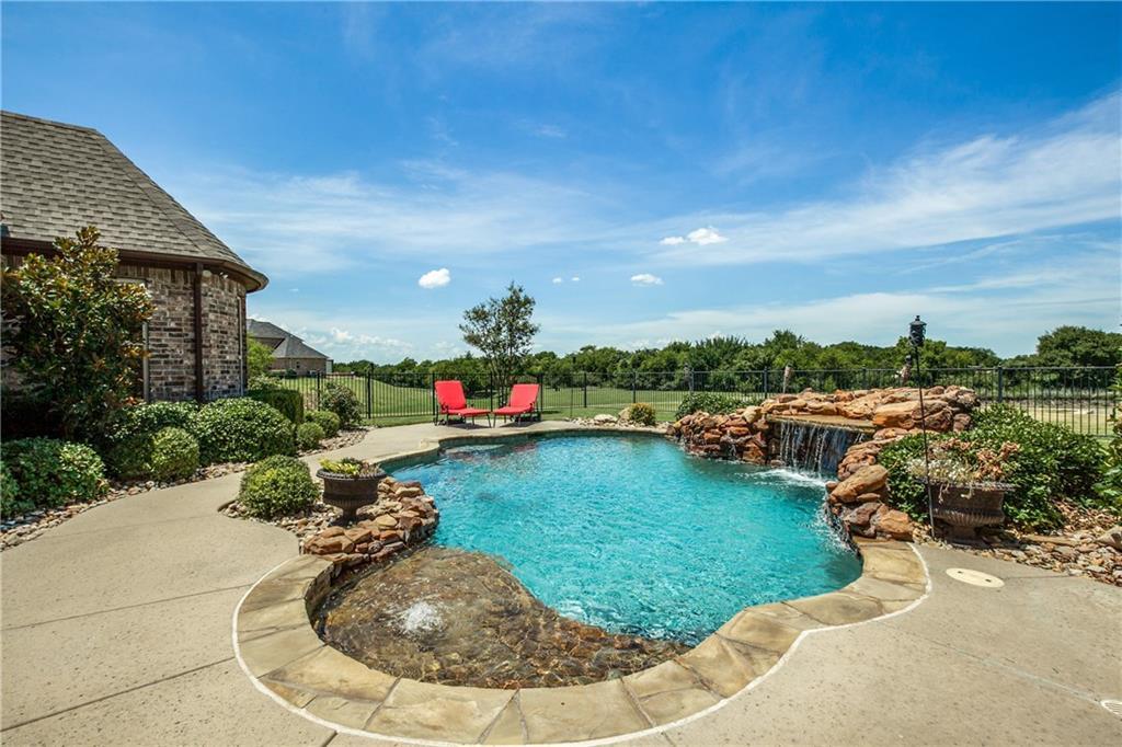 4950 Whispering Stream Court, Fort Worth, TX 76179