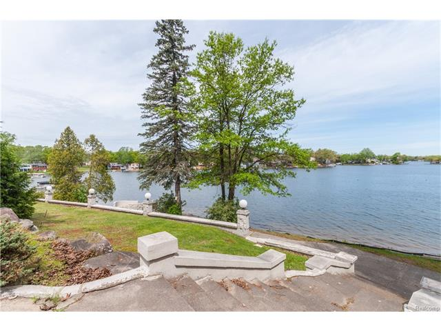 850 HEIGHTS Road, Orion Twp, MI 48362