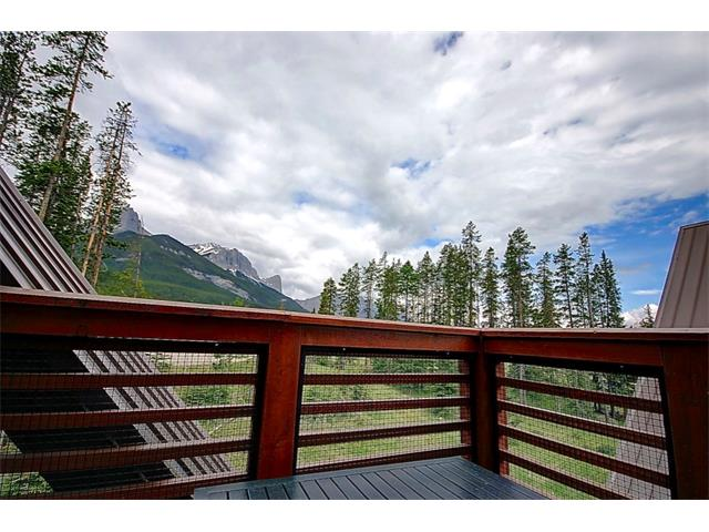 2100A Stewart Creek Drive 303, Canmore, AB T1W 0G3