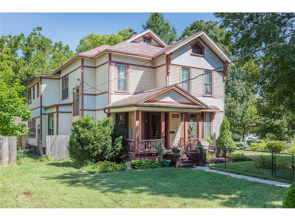 1216 Garfield Avenue, Des Moines, IA 50316