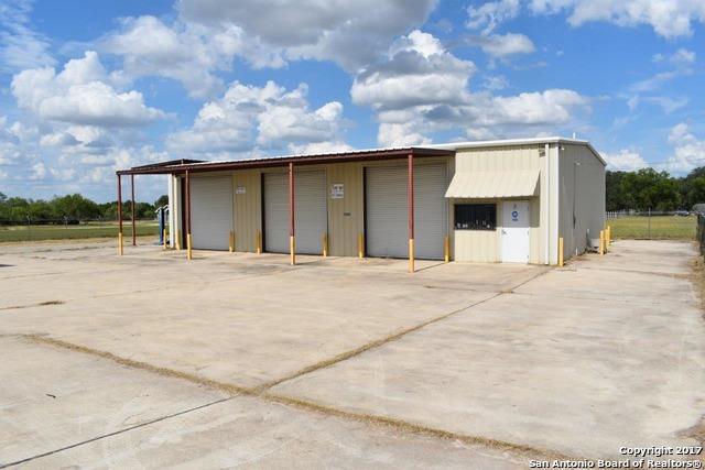 3260 S STEVENS RD, Somerset, TX 78069