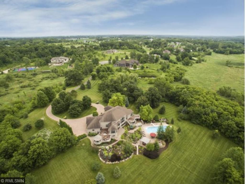 6155 Country Lane, Greenfield, MN 55357