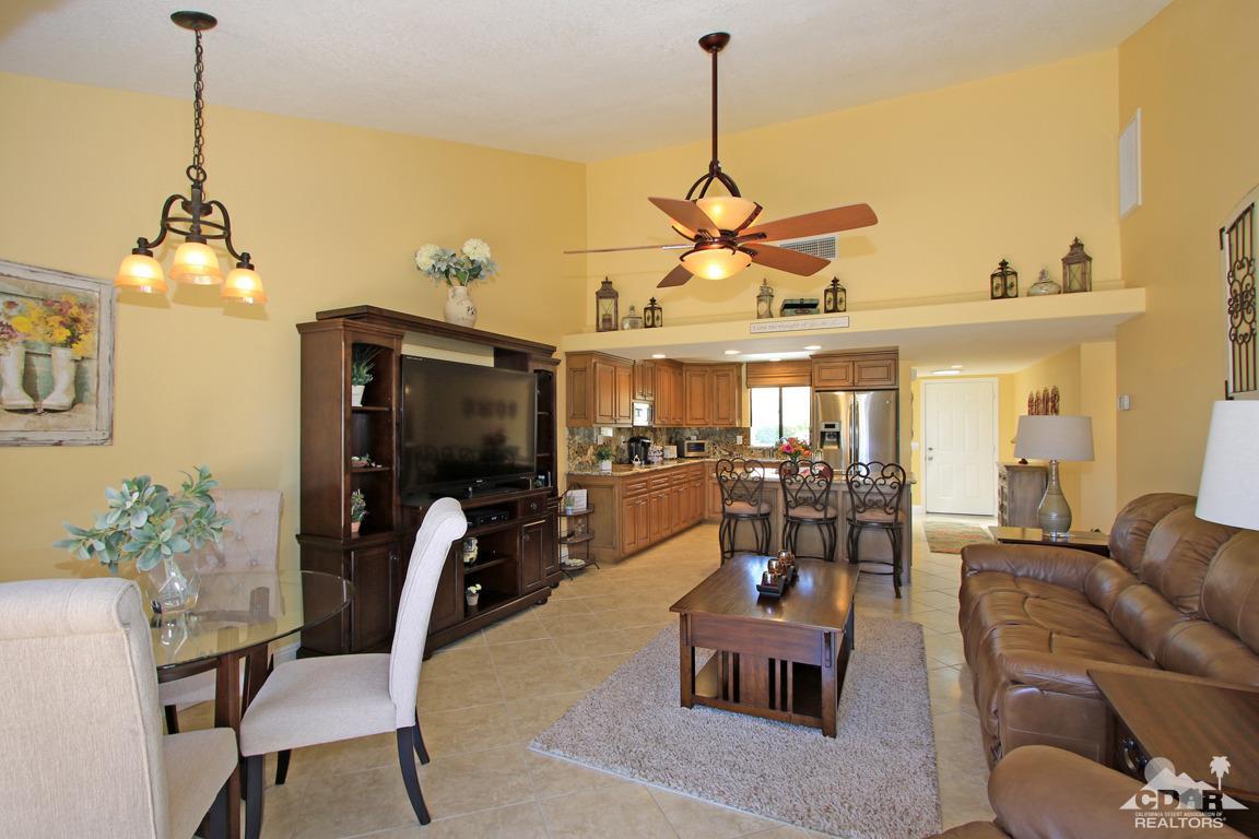 40632 La Costa Circle E 70-3, Palm Desert, CA 92211
