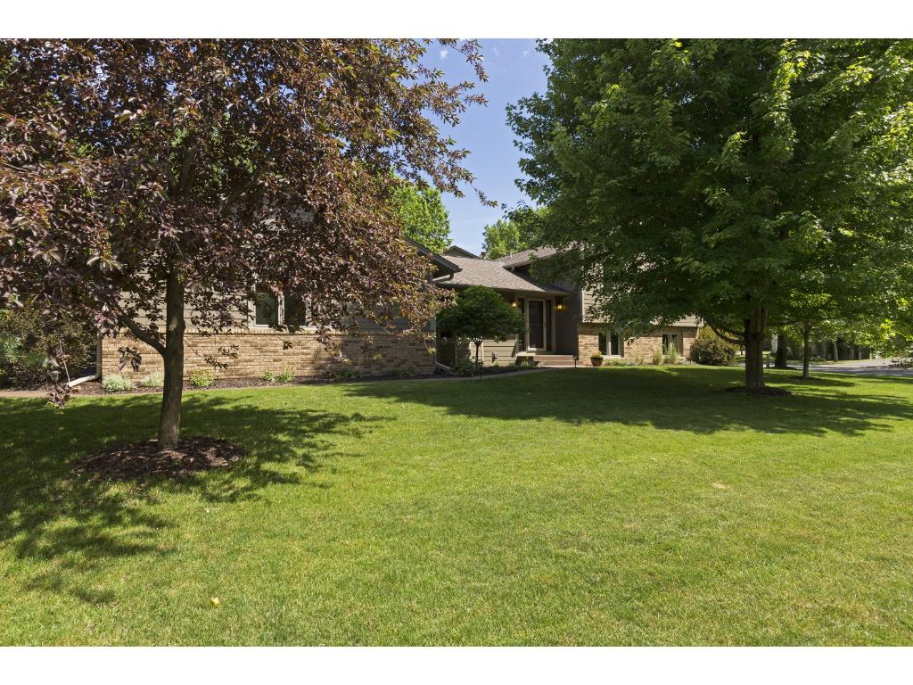 8617 Sandro Road, Bloomington, MN 55438