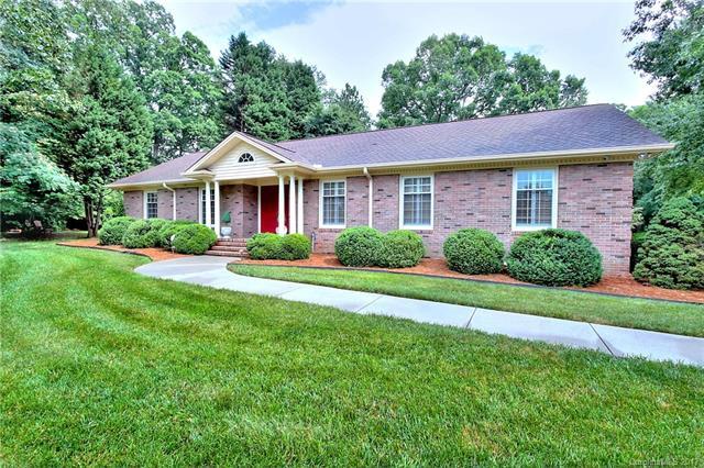 8030 Serendipity Lane, Charlotte, NC 28277