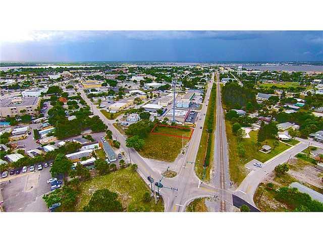 916 SE Dixie Highway, Stuart, FL 34994