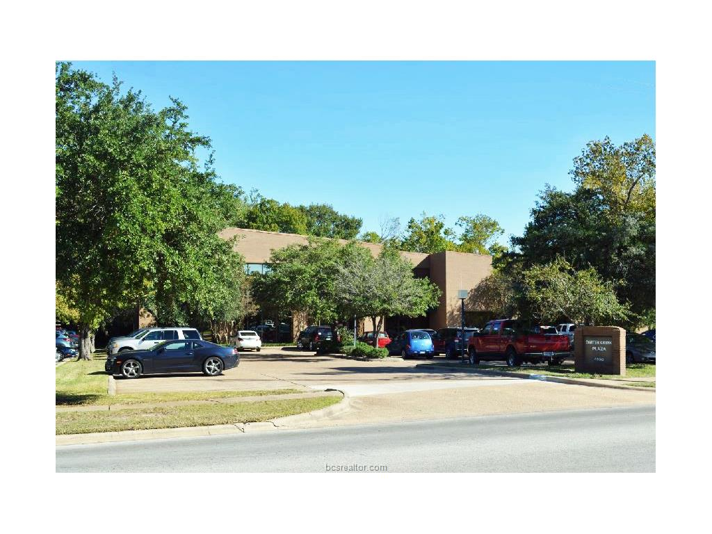 4500 Carter Creek Parkway 1, Bryan, TX 77802