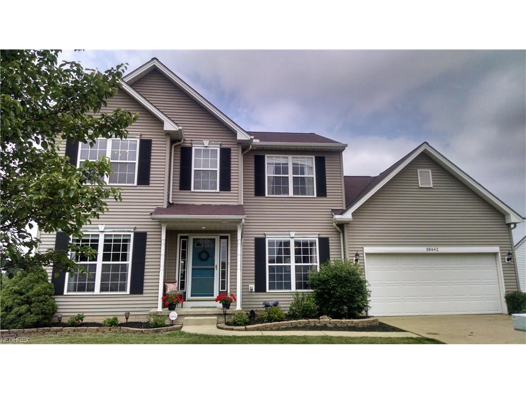 38442 Avalon Dr, North Ridgeville, OH 44039